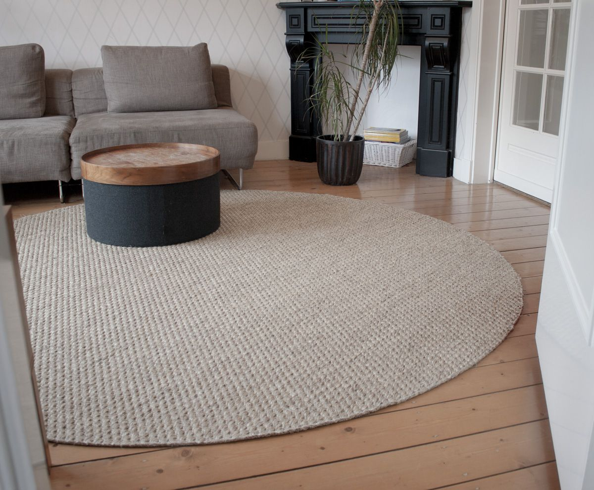 Rond sisal vloerkleed premium blind afgewerkt woonkamer in