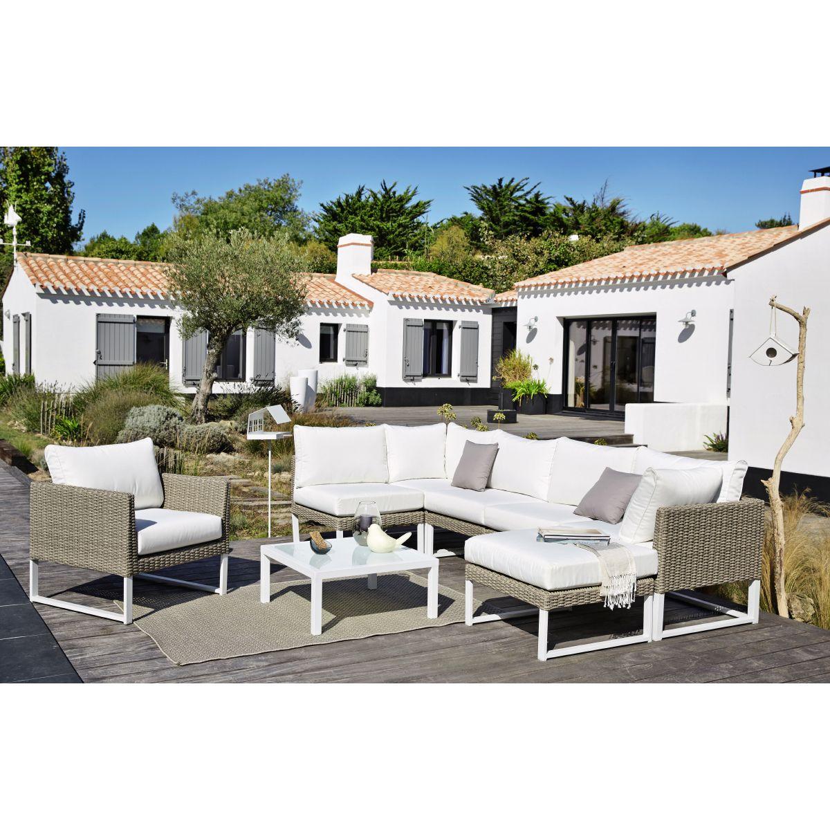 D couvrez la collection mobilier d coration de jardin 2016 maisons du monde dans le catalogue - Catalogue mobilier de jardin ...