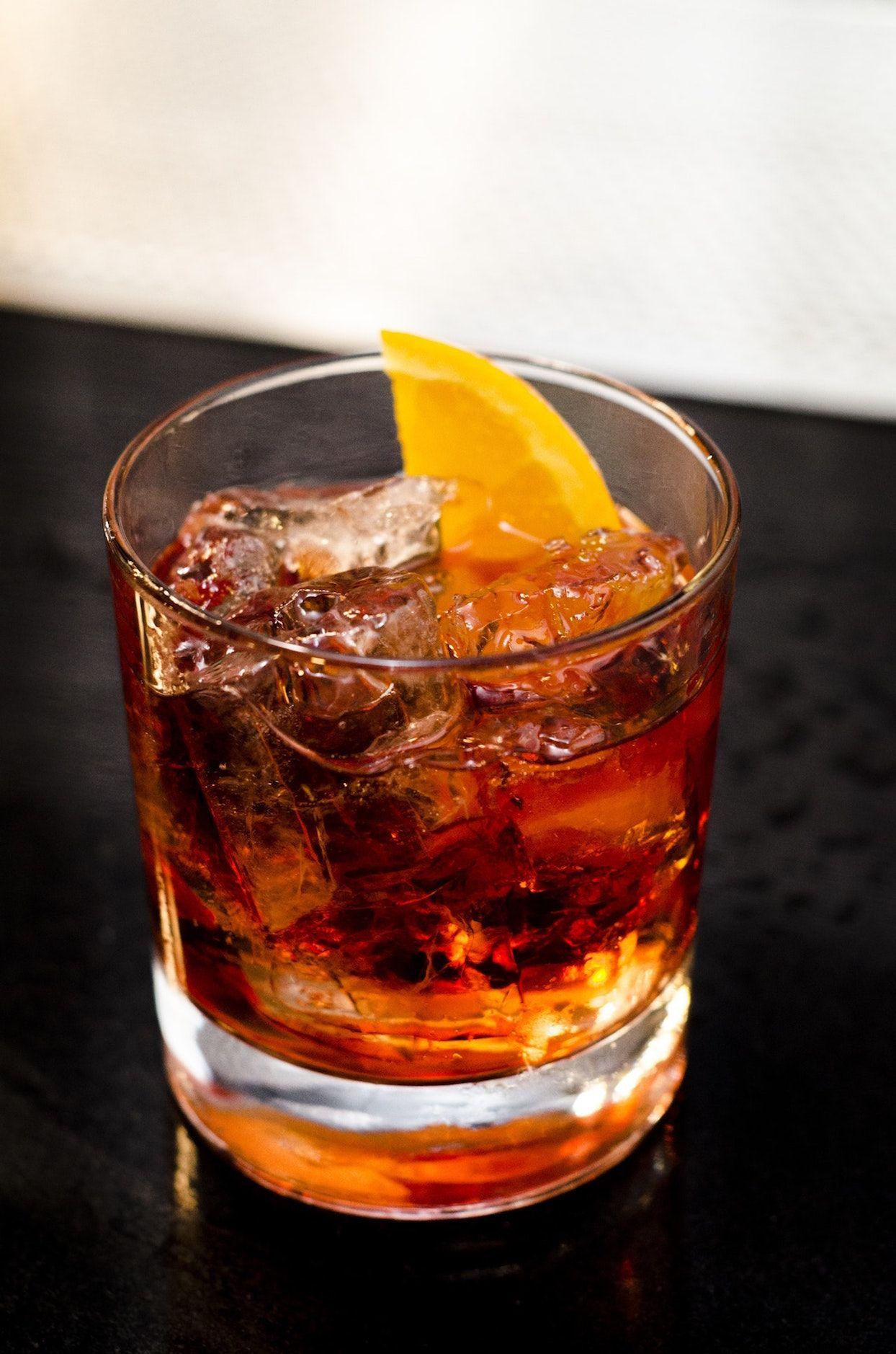 9 Best Bars In The World To Drink Cognac Cognac Expert Cognac Cocktail Cognac Drinks Fun Cocktails