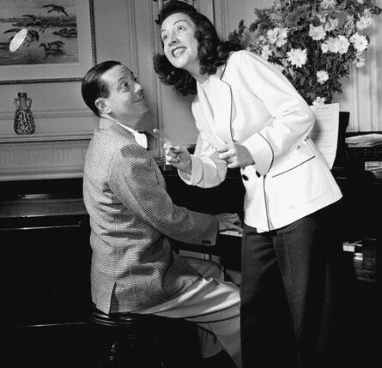 Lyric cole porter lyrics : Cole Porter with his wife Linda Lee Thomas | The positively ...