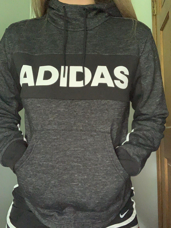 Dark Grey Sweatshirt With The Word Adidas Written Across The Front Very Comfortable Never Worn Sweatshirts Adidas Sweatshirt Dark Grey Sweatshirt [ 1500 x 1124 Pixel ]