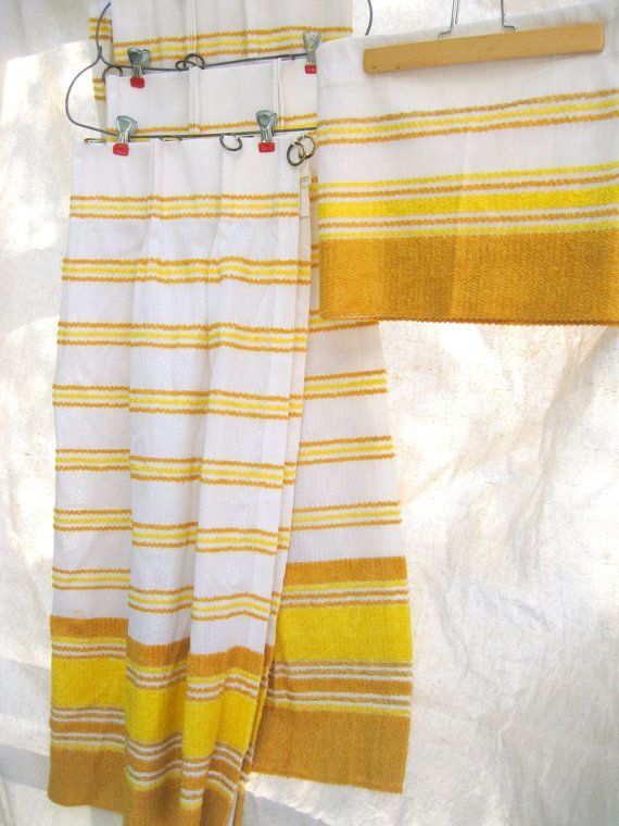vintage cafe curtains from sears, 1960s, found on etsy we