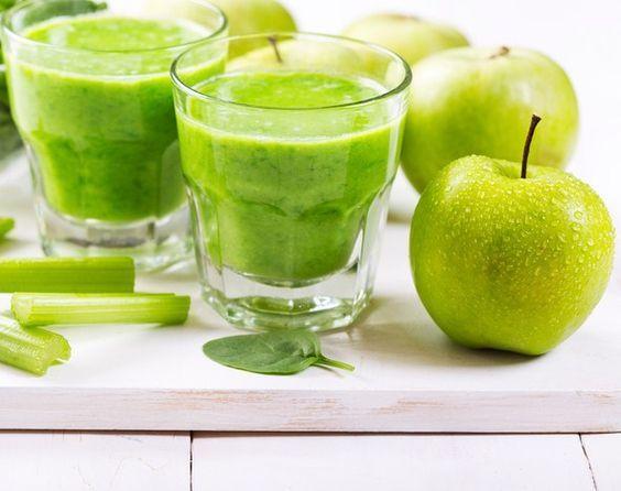 Jus pomme-céleri 6 pommes 3 branches de céleri 1 morceau ...