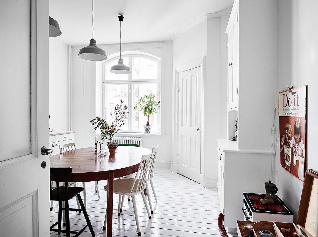 Keuken Interieur Scandinavisch : Witte keuken met een botanische sfeer interior keuken