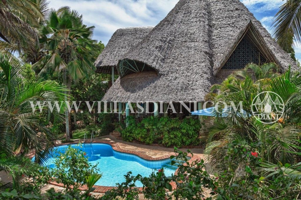 African beach cottages are very popular accommodation for beach holidays in Kenya. Kenya features some of the best cottages offering self-catering holidays in Africa.