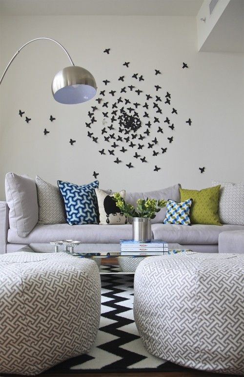 Houzz Tour Bold And Eclectic Tribeca Apartment Wall Decor Living Room Living Room Designs Modern Living Room Wall
