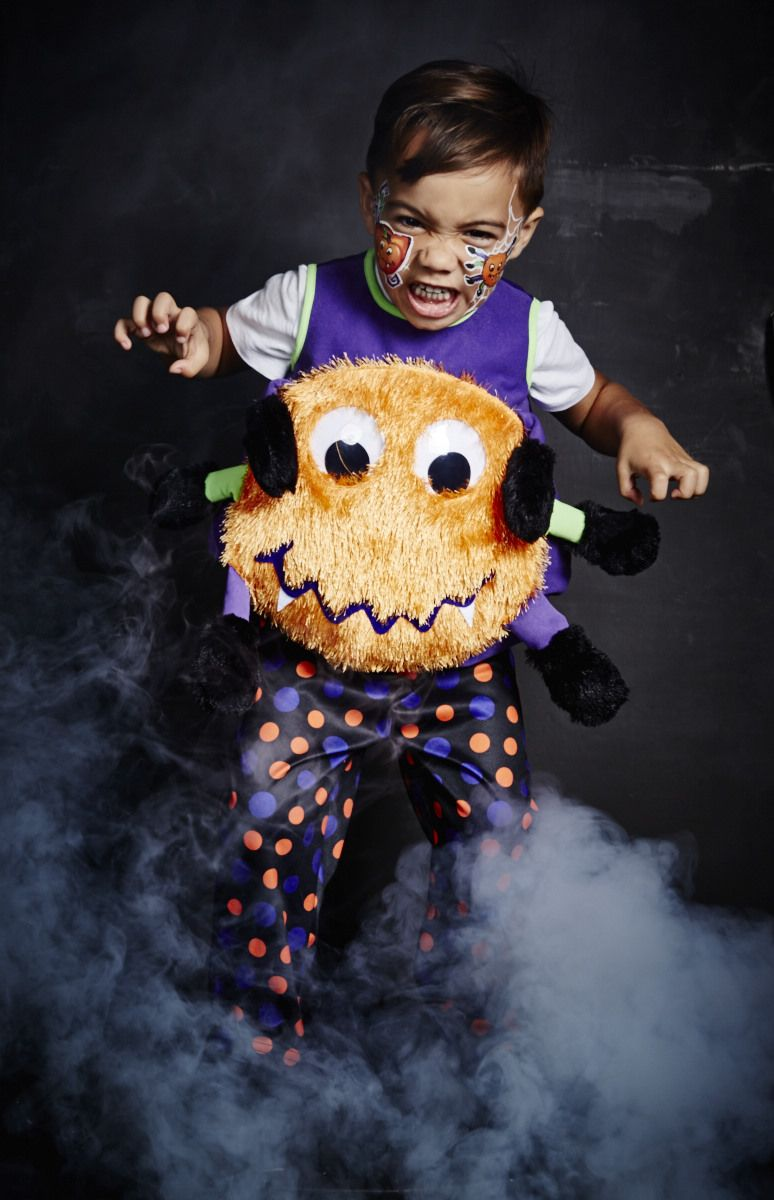 For more of spooktacular Halloween costumes for