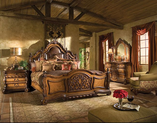 Old World Decor With Images Tuscan Style Bedrooms Tuscan Bedroom Tuscan Decorating
