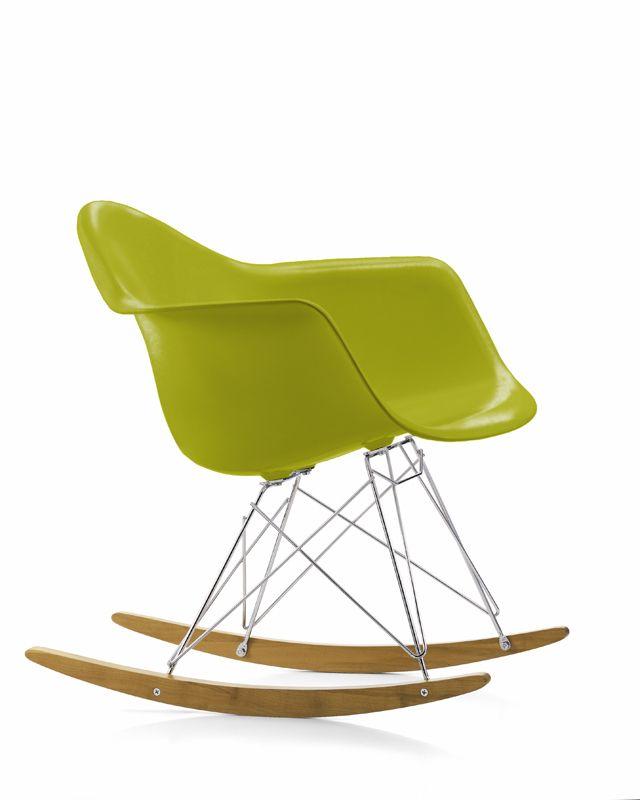 Sedia Dondolo Vitra Eames.Pastina Foto Sedia A Dondolo Sedia A Dondolo Eames Eames