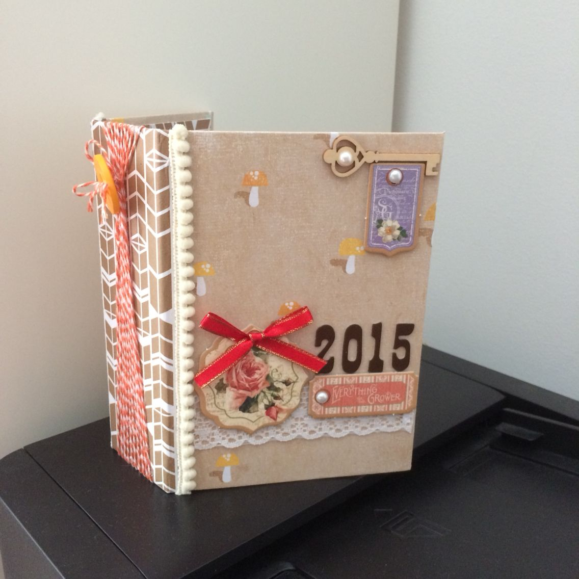 2015 Journal Twine Binding Mini Album