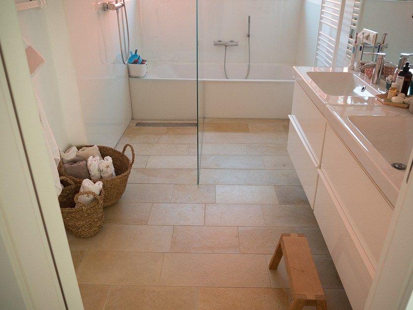 Unser Familien Badezimmer Das Muss Drin Sein Das Kann Man Weglassen More Is Now In 2020 Badezimmer Familienbad Zimmer