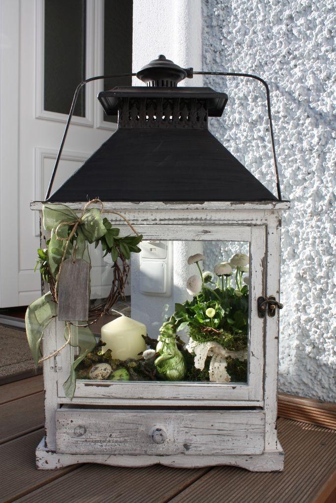fr hling in der laterne wohnen und garten foto deko pinterest ostern fr hlings. Black Bedroom Furniture Sets. Home Design Ideas