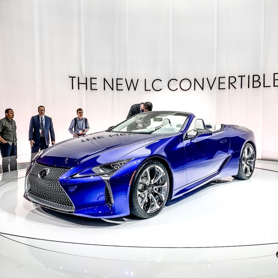 The Lexus Lc 500 Convertible Is Perfect For Summer Drives Check Out Our Newportlexus Dealership For More Incredible Lexus Model Em 2020 Meios De Transporte Transporte