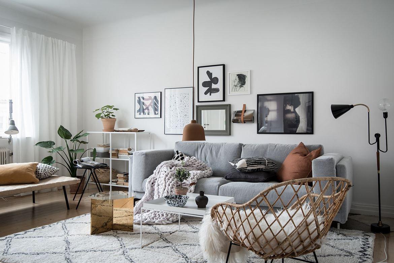 Möbel Livin här ryms soffa med tillhörande möblemang tv möbel läshörna och