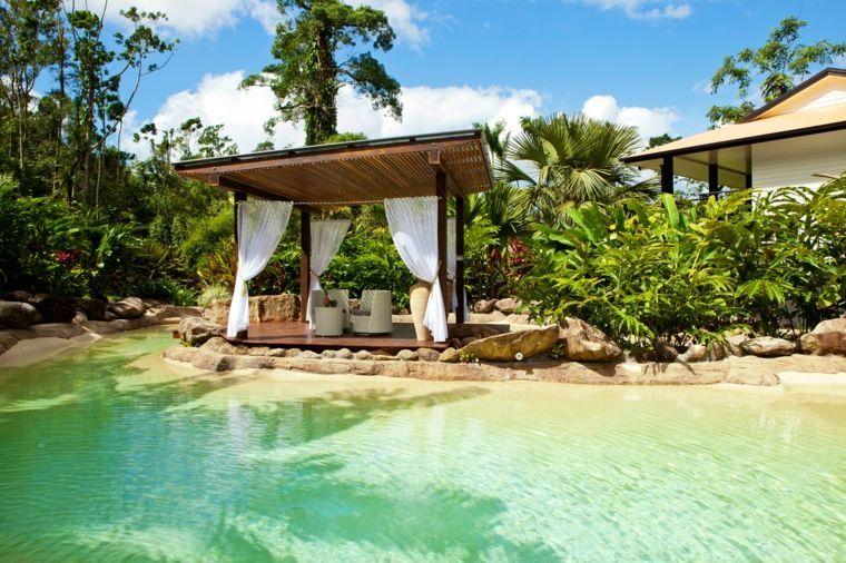 Gazébo et abri soleil  des idées pour jardin avec piscine