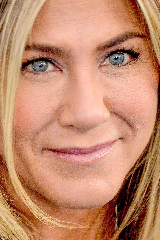 photo Celebritycloseupmelania trump close up