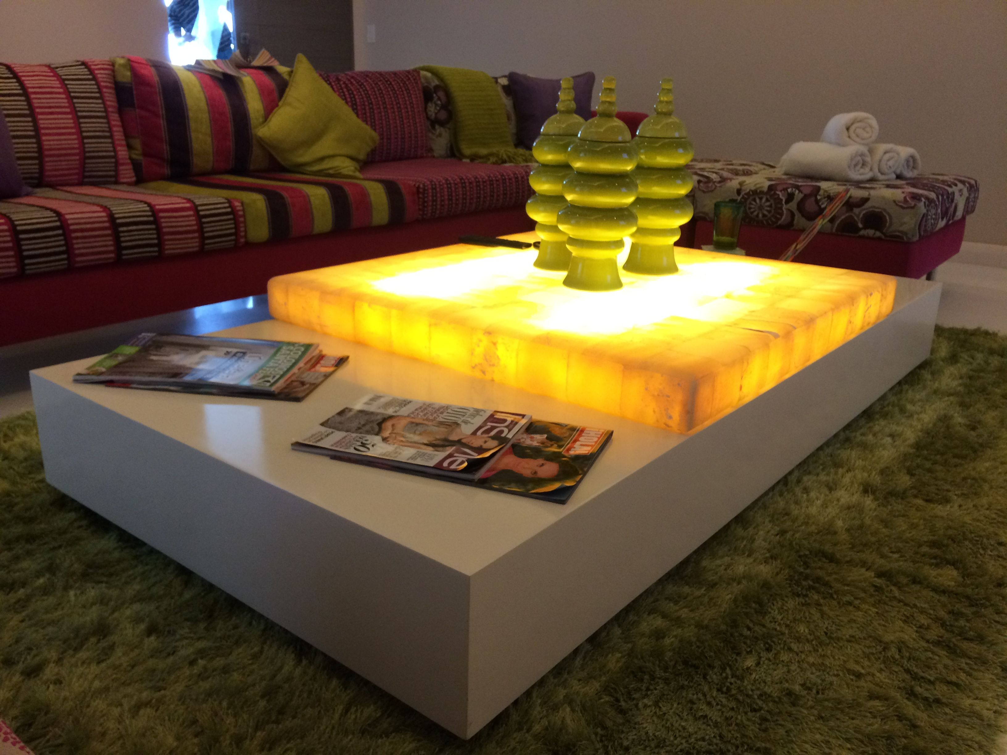 Mesa De Centro Con Cubierta De Onix E Iluminacion Indirecta  # Muebles Gaudi Guadalajara