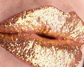 Gold lips.