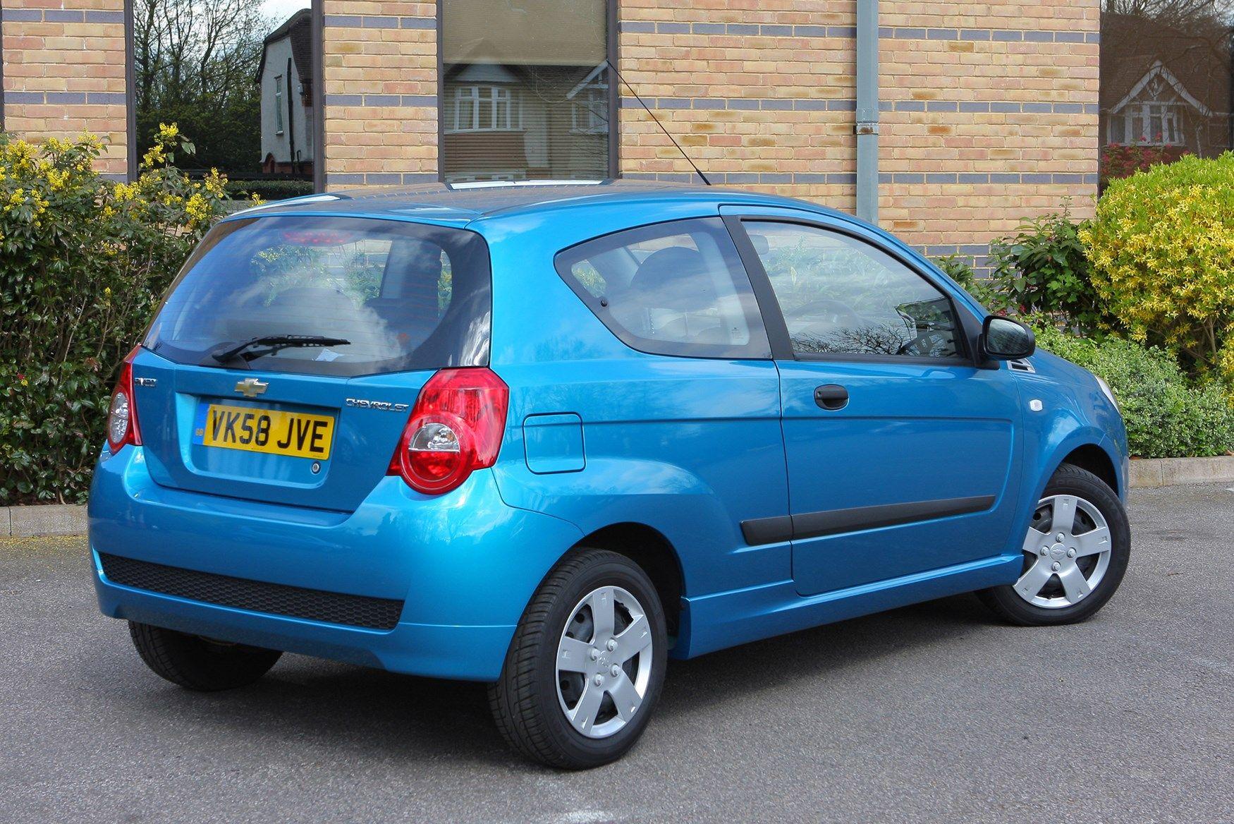 Chevrolet Aveo Hatchback 2008 2011 Photos
