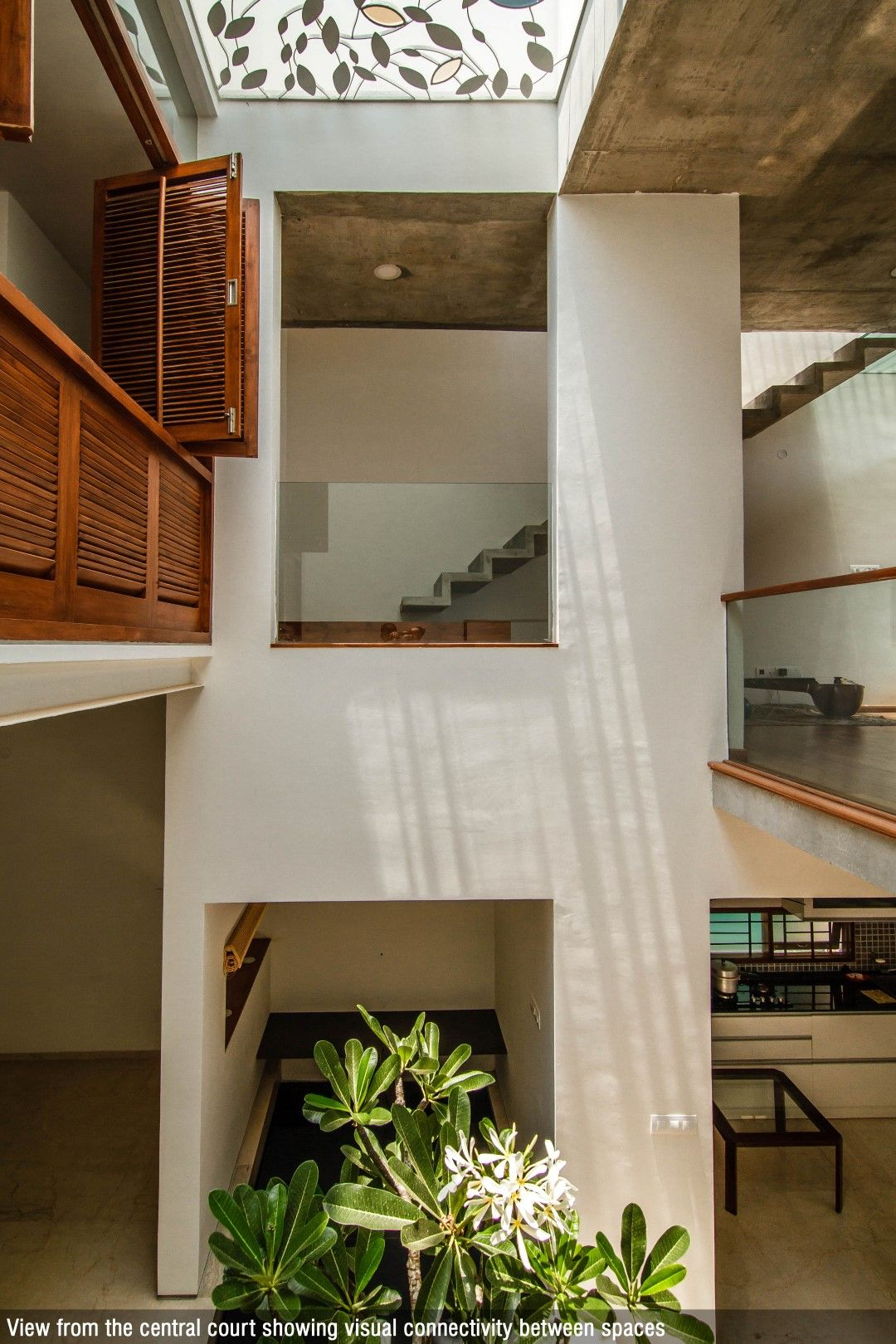 Beautiful courtyard in center of house with skylight jaali also images cube square collage architecture studio modern rh pinterest