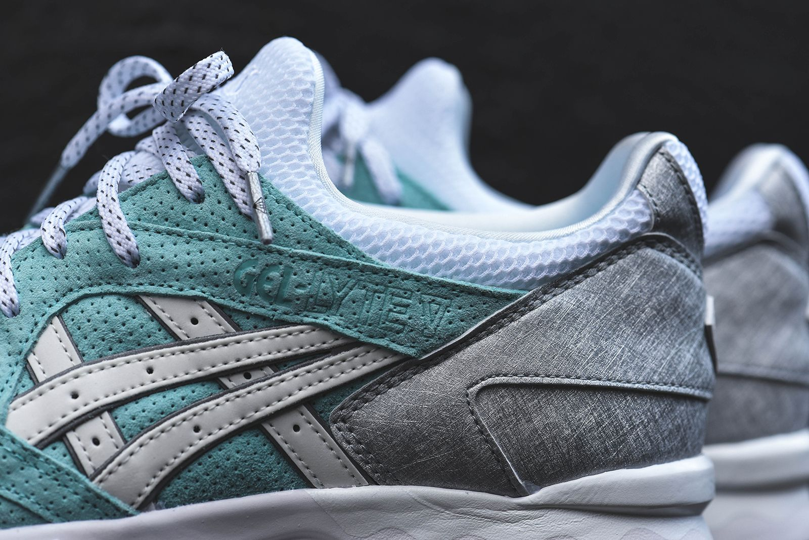 Ronnie Fieg x Diamond Supply Co. x Asics Gel Saga & Gel Lyte V |