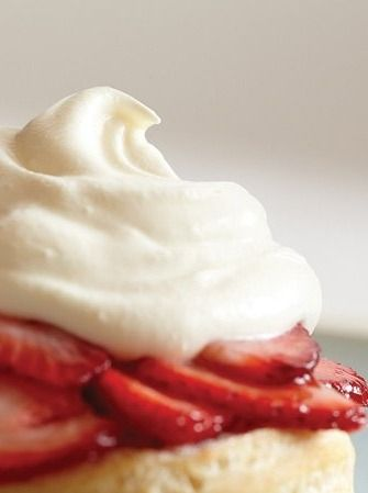 Homemade Whipped Cream in your Vitamix