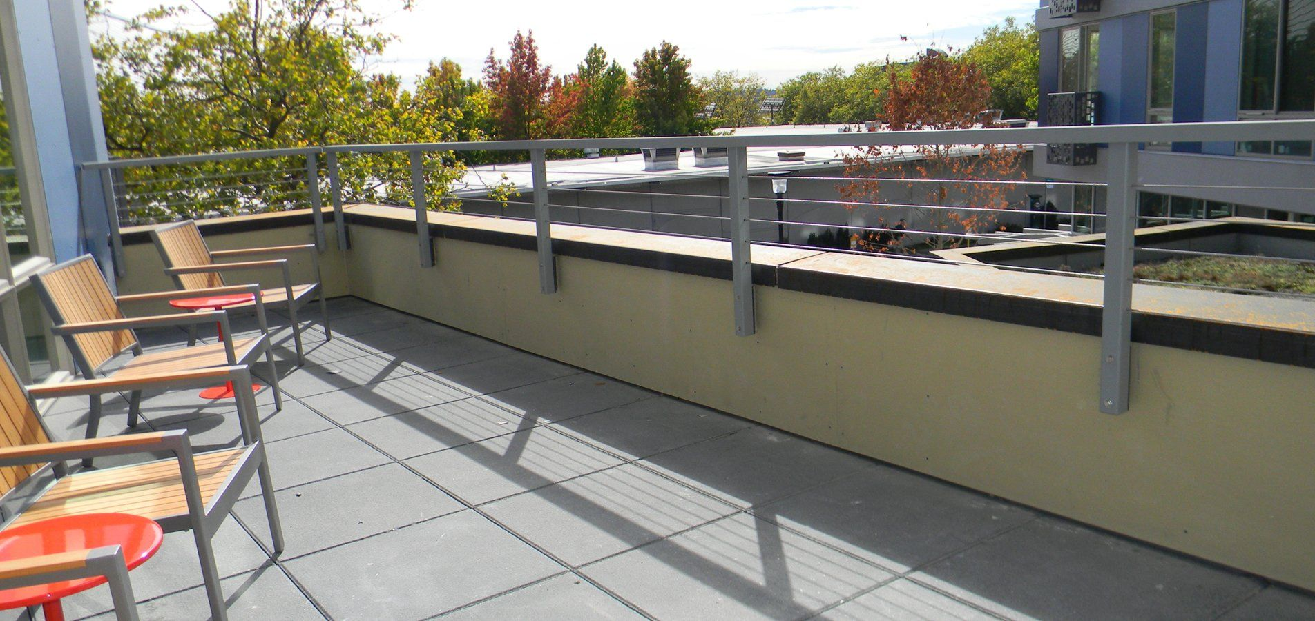 85782929 Parapet Mounted Stainless Steel Cable Rail Jpg 1904 900 House Cladding Roof Design Parapet