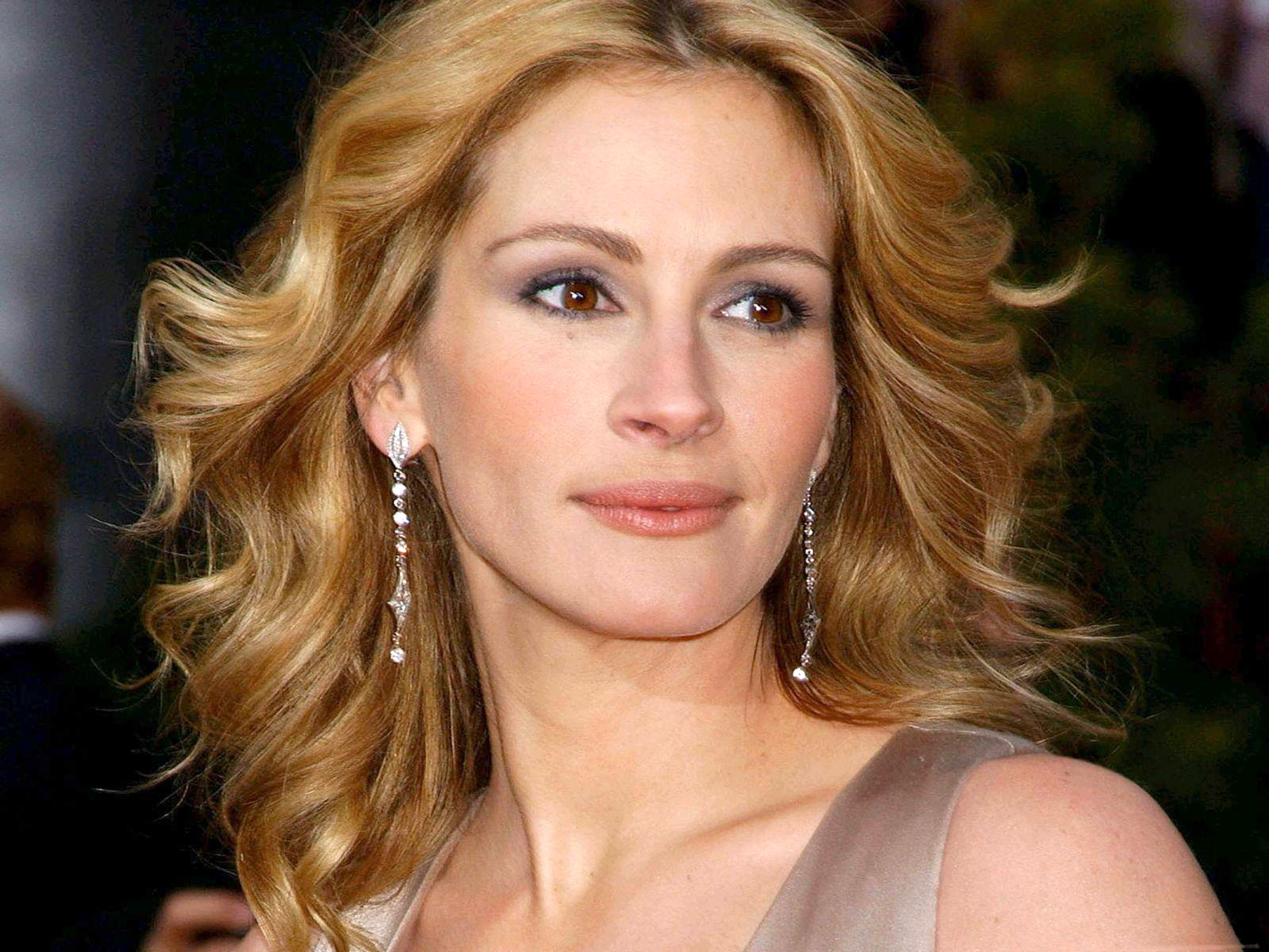 Julia Roberts Raised By Her Single Mum From The Age Of 3