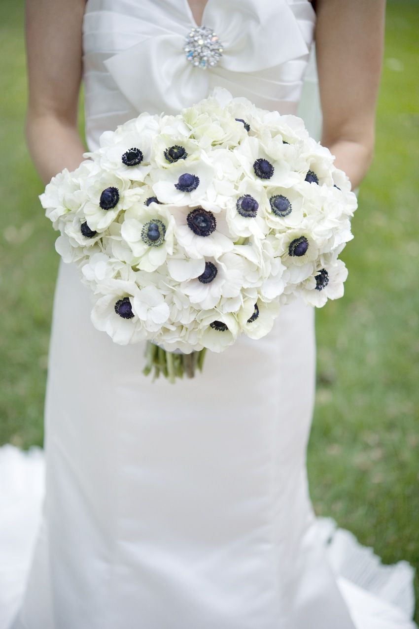 Love anemones especially white with blue centers that one board white and navy blue anemone flower bouquet navy blue wedding inspiration with a bit of lace izmirmasajfo