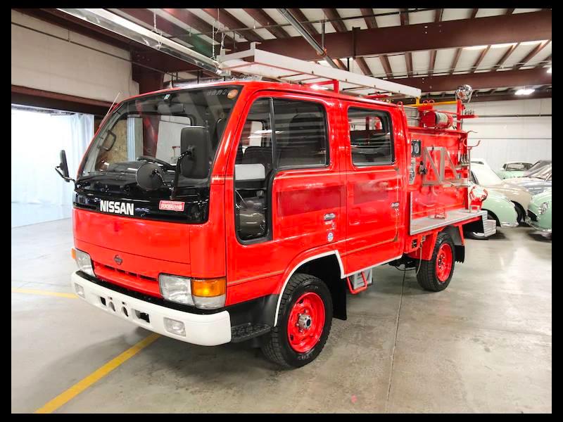Nissan Toyota Daihatsu And Mitsubishi Fire Trucks From The Heart Of Japan Via Virginia In 2020 Fire Trucks Trucks Daihatsu