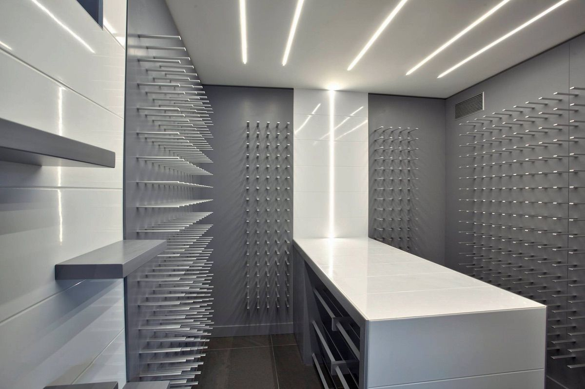 Modern wine cellar design for luxury homes wine bar for Luxury home wine cellars