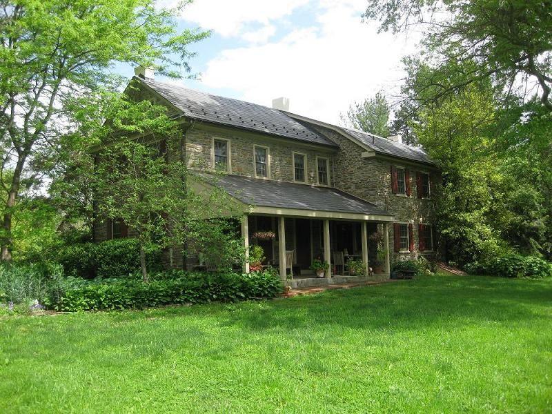 Type 1780 Farmhouse Location Bucks County Pennsylvania Price 899 000 Old Farm Houses Old Stone Houses Stone Houses