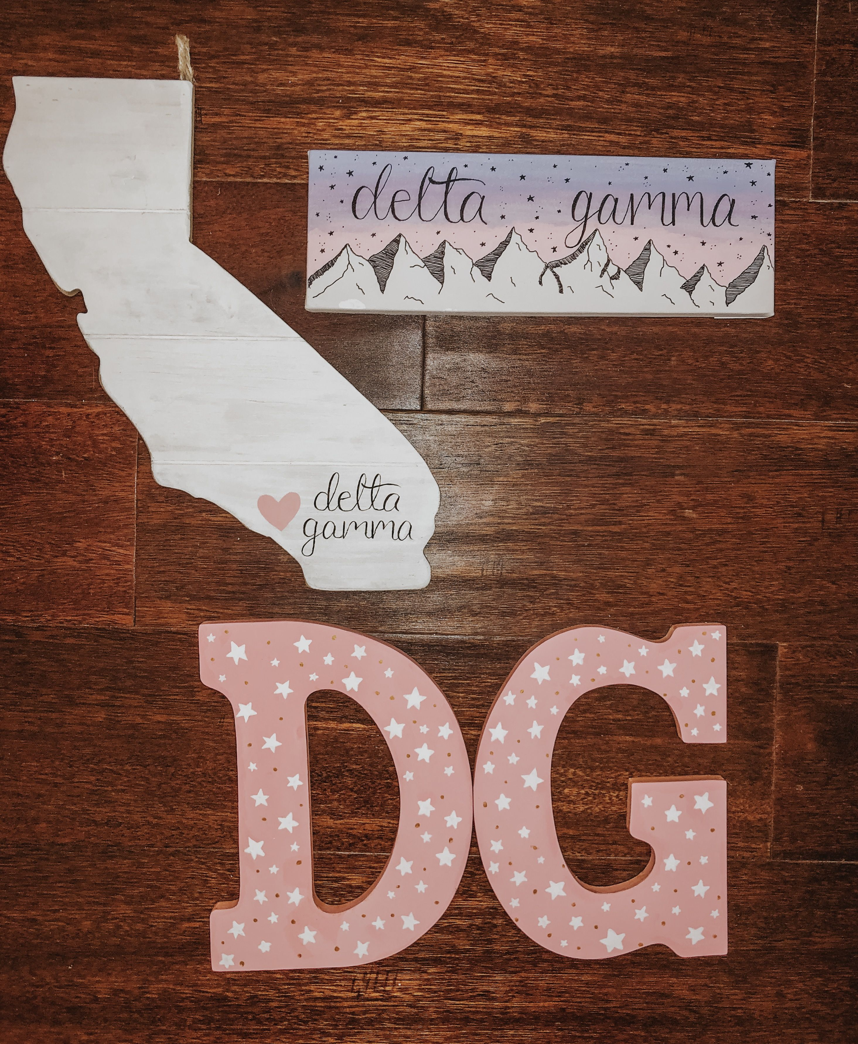 #deltagamma #canvas #mountains #california #painting #sorority #littlecanvas #drawings #letters #sororityletters #biglittlecanvas