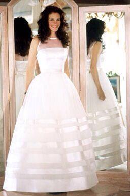 Jiulia Roberts....bellissima ispirazione! Perchi crede ancora alle favole Alessandro Tosetti Www.alessandrotosetti.com www.tosettisposa.it #abitidasposa2015 #wedding #weddingdress #tosetti #tosettisposa #nozze #bride #alessandrotosetti #agenzia1870