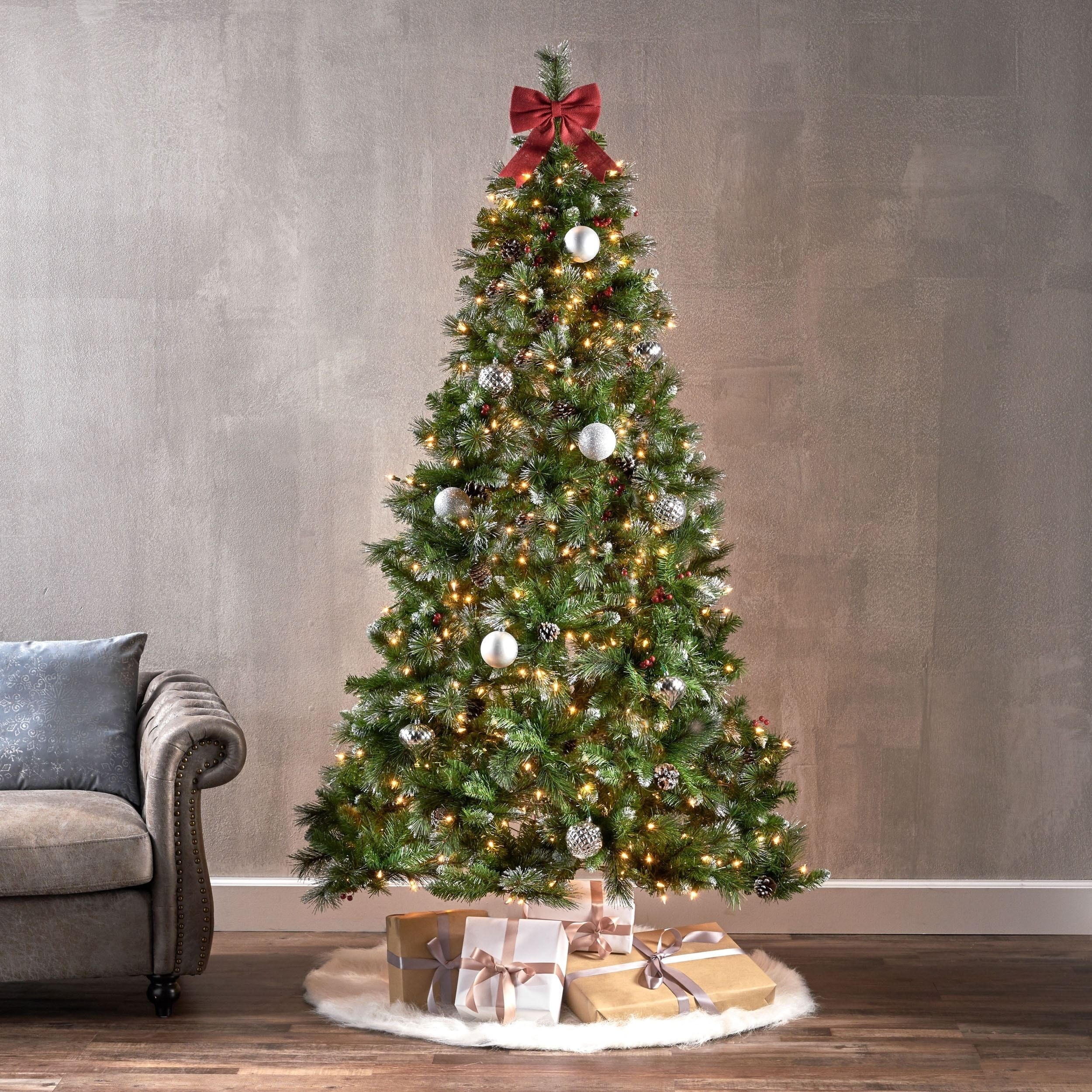 Overstock Com Online Shopping Bedding Furniture Electronics Jewelry Clothing More Green Christmas Tree Classic Christmas Tree Traditional Christmas Decorations
