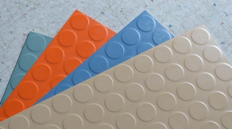 Residential Rubber Flooring Rubber Tiles Rolls And Mats In Your Home Rubber Tiles Rubber Floor Tiles Rubber
