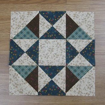 How to Sew the Traditional Mystery Flower Garden Quilt Block