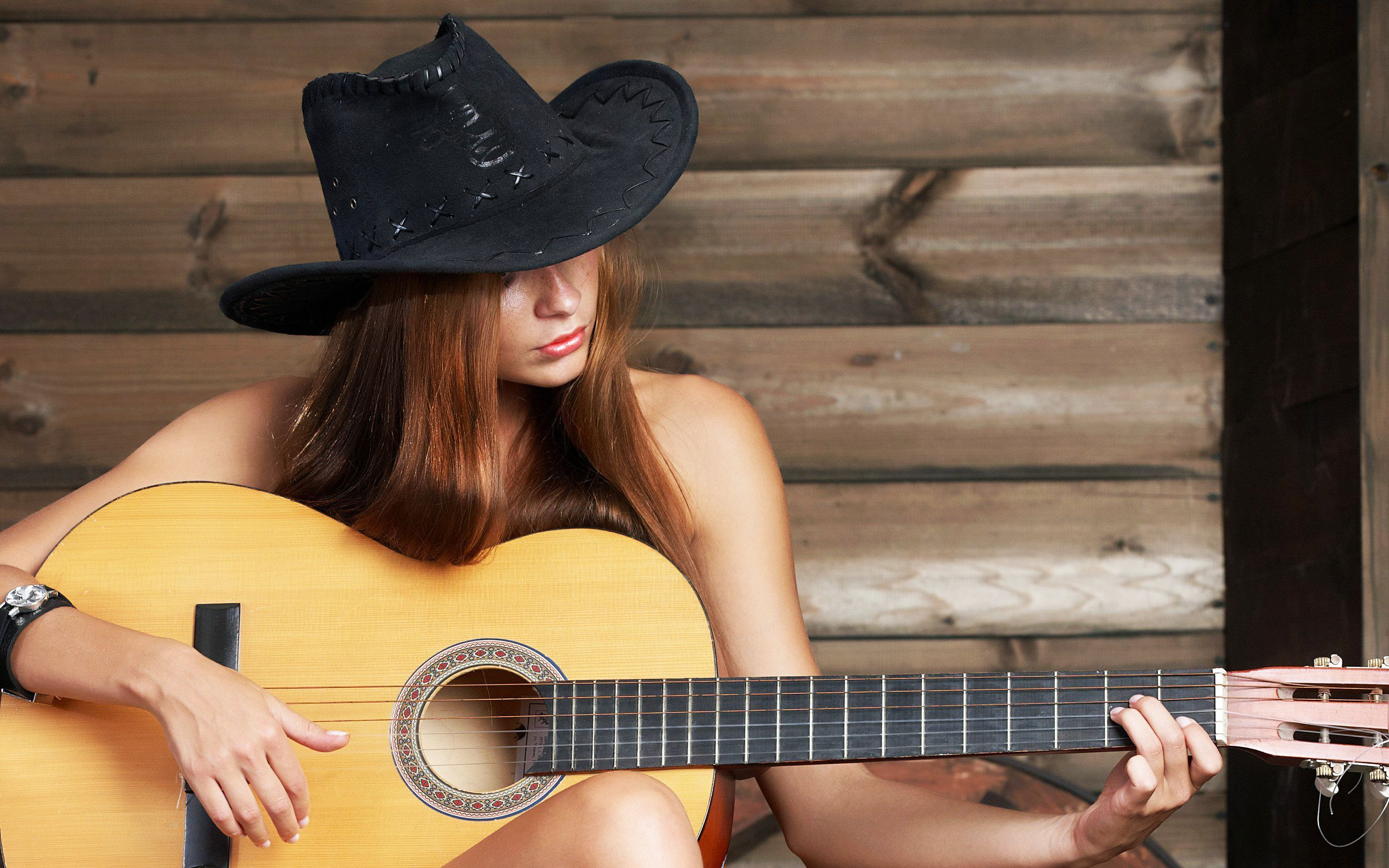 7 Easy Country Songs to Play on the Guitar - TakeLessons.com