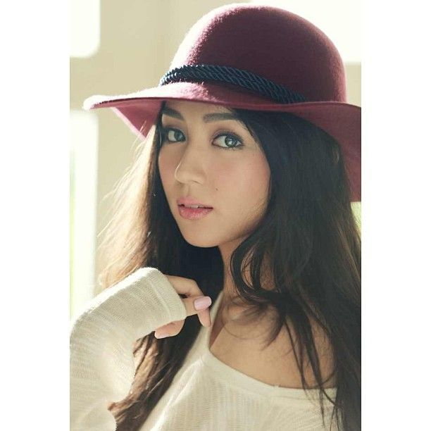 Kathryn Bernardo Actress Philippines Filipina Love Quote Beauty Hot Sexy Teen Fashion