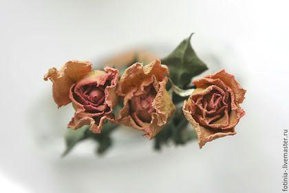 Броши ручной работы. брошь цветок ЗАСУШЕННАЯ ЧАЙНАЯ РОЗА. АртВойлок творческая…