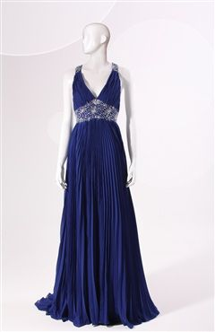 Tank Sleeve Sweep/ Brush Train V-neck A-line Prom Dress