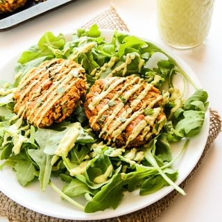 8 Vegetarian Meals That Actually Fill You Up http://www.prevention.com/food/8-filling-vegetarian-meals-recipes