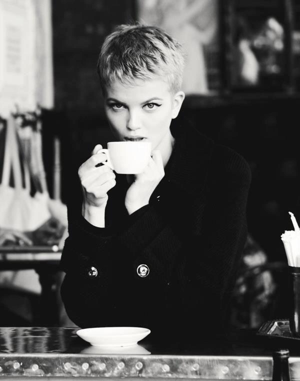 Café em preto e branco <3