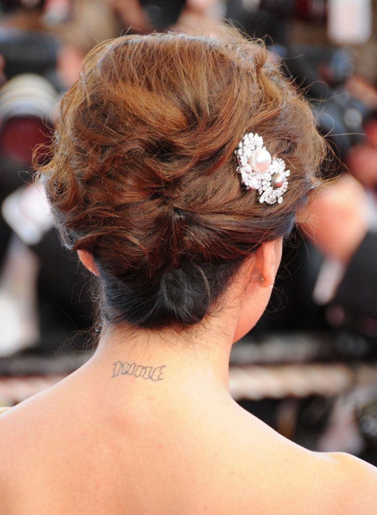 The Ultimate Celebrity Tattoo Gallery Neck Tattoos Women Tiny Tattoos For Women Best Celebrity Tattoos