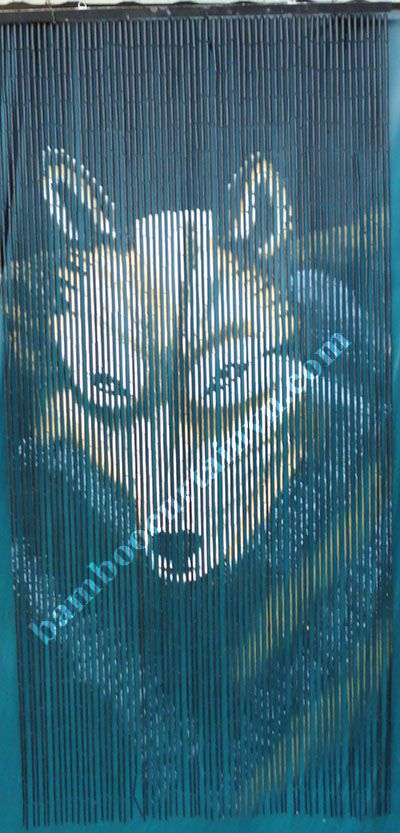 The Best Selling Bamboo Beaded Door Curtain Wolf Design
