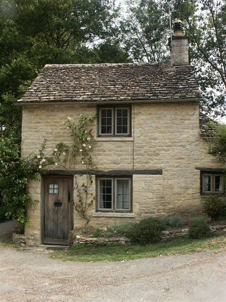 41 Awesome Tiny Stone Cottage Interior And Exterior Design Ideas Cottage Exterior Stone Cottage English Cottage Interiors