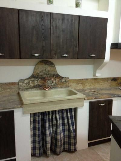 lavello in pietra cucina contadina