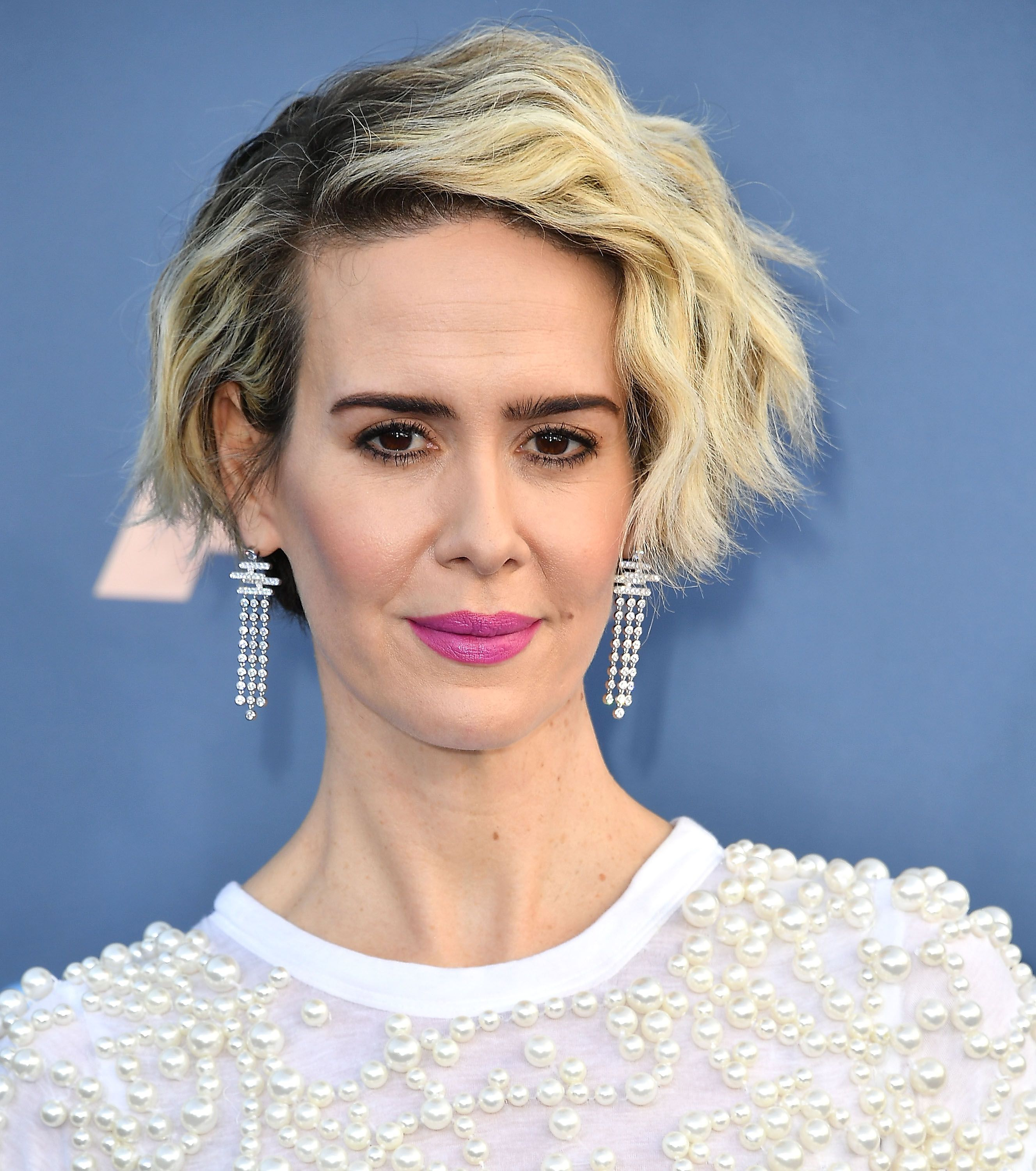 incredibly chic short hairstyles