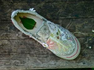 DIY Shoes by heathmess