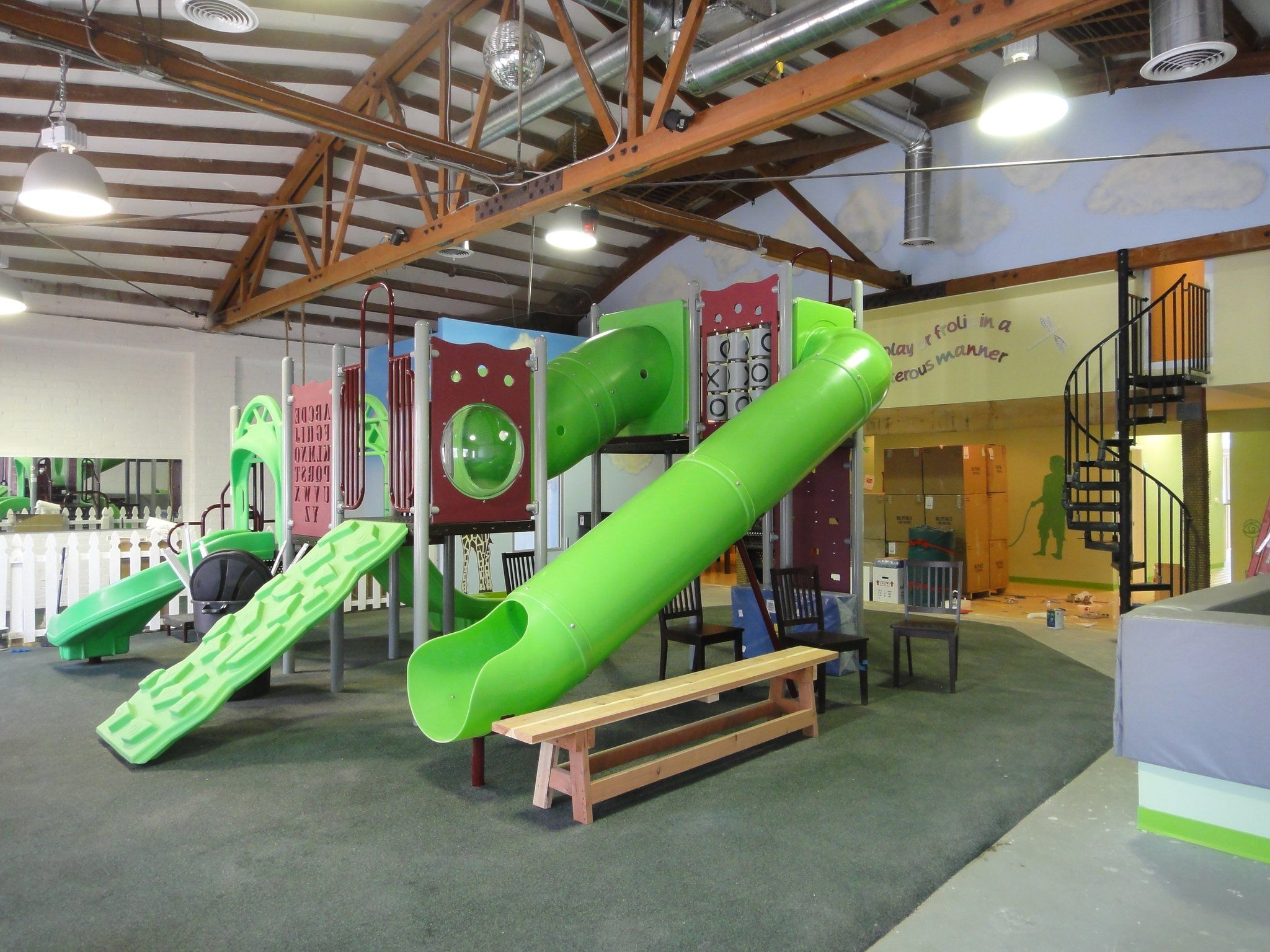 Indoor play center ideas diy on pinterest indoor for Indoor playground design ideas